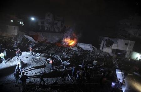 2012-11-15T021357Z_1_CDEE8AE067I00_RTROPTP_2_PALESTINIANS-ISRAEL-OPERATION
